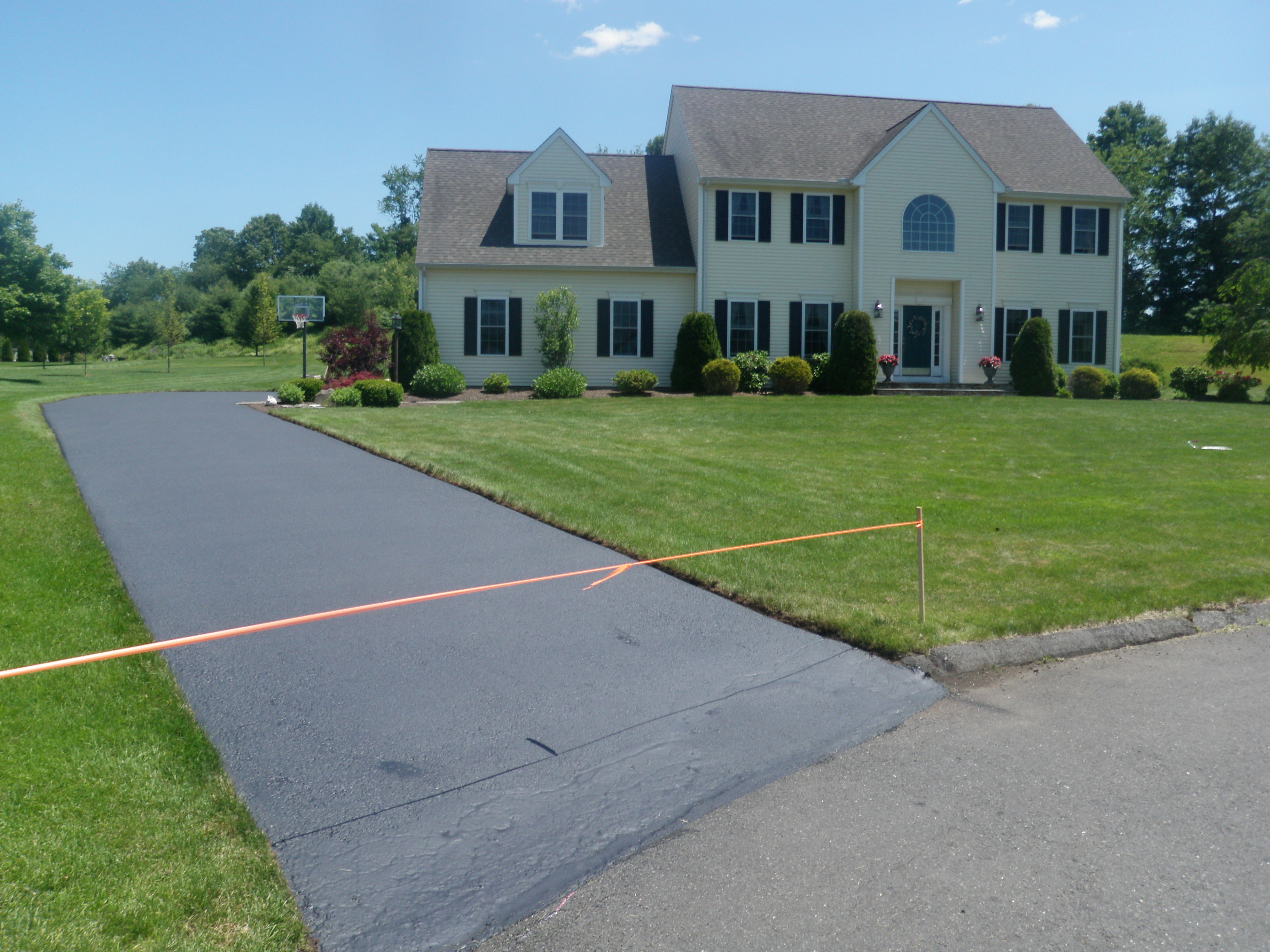 Finished Driveway Sealing Project 9