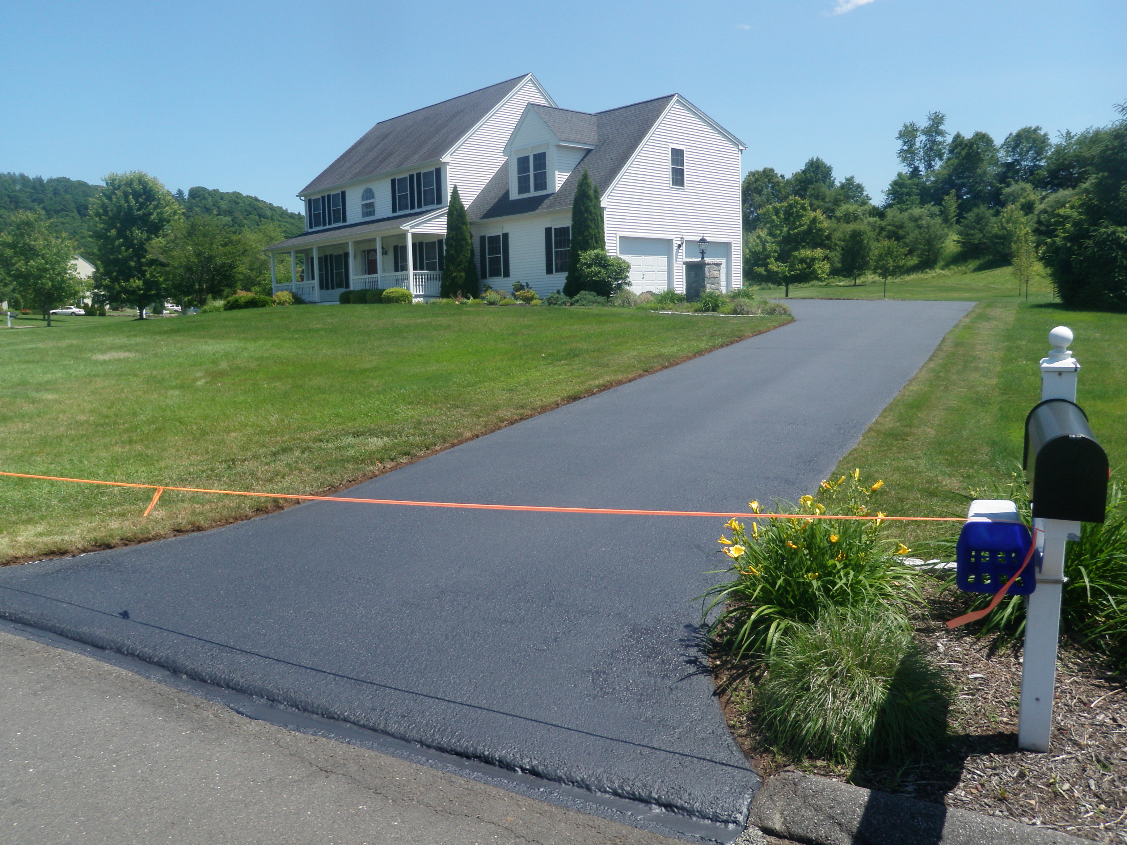 Finished Driveway Sealing Project 8
