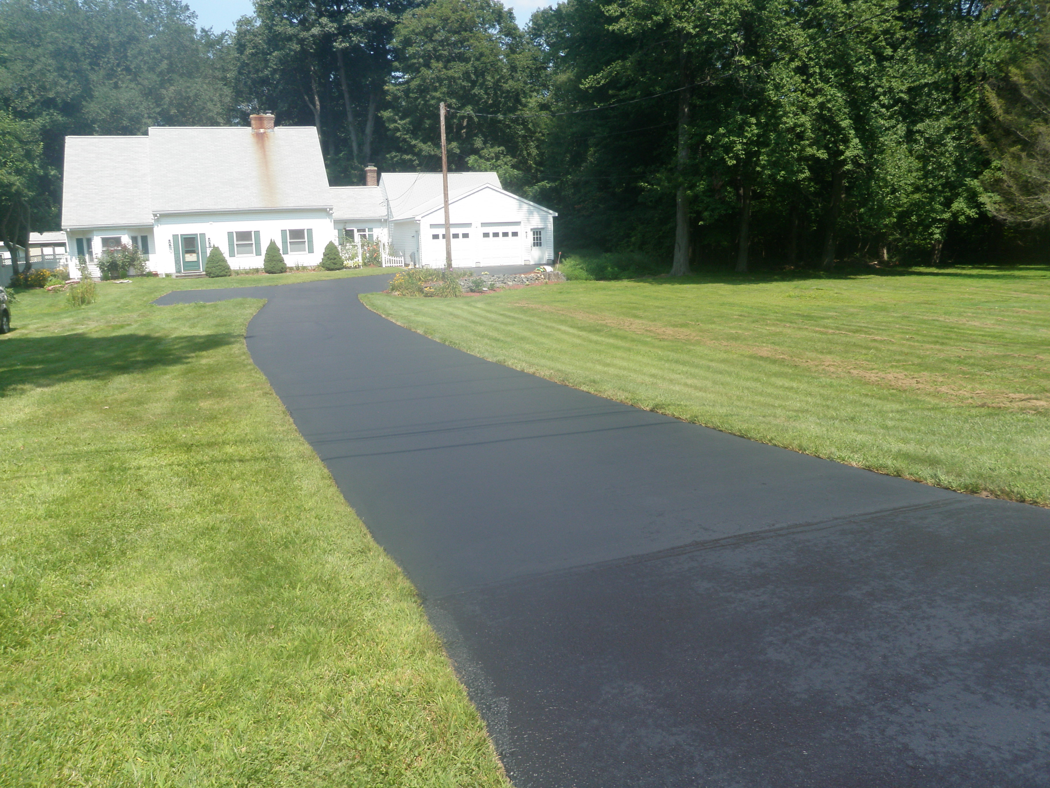 Finished Driveway Sealing Project 5